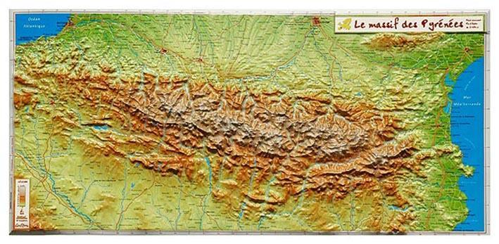 Le massif des pyrenees 62 x 31 cm
