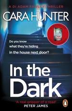 Vente EBooks : In The Dark  - Cara Hunter