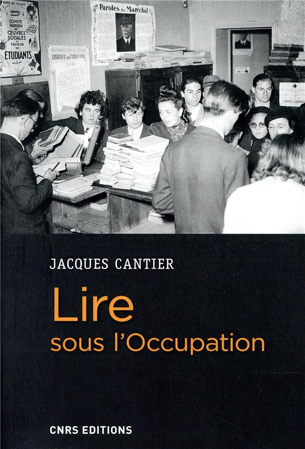 Lire sous l'Occupation
