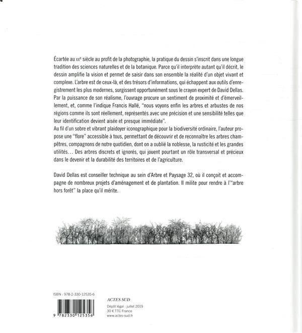Arbres et arbustes en campagne