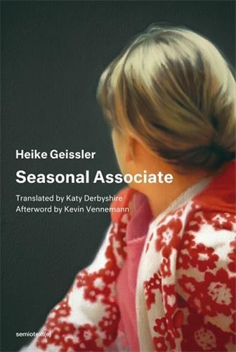 Seasonal associate /anglais