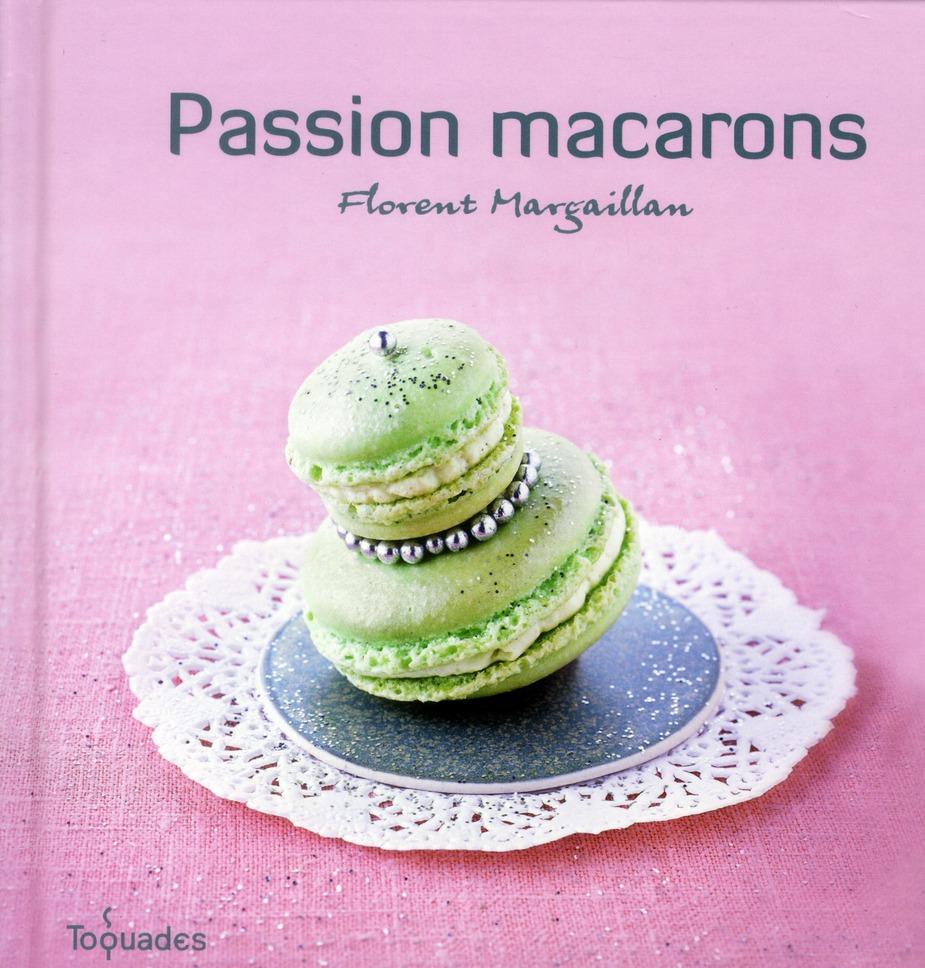 Passion macarons