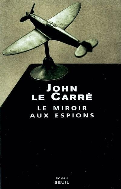 Le miroir aux espions