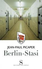 Couverture de Berlin ; stasi
