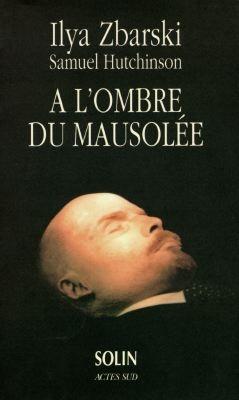 A l'ombre du mausolee