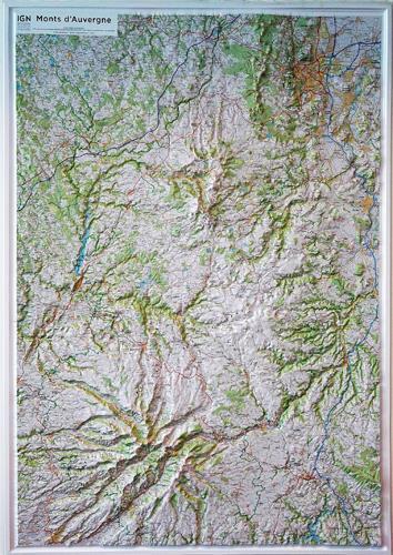 60176 ; relief monts d'Auvergne 1/100.000
