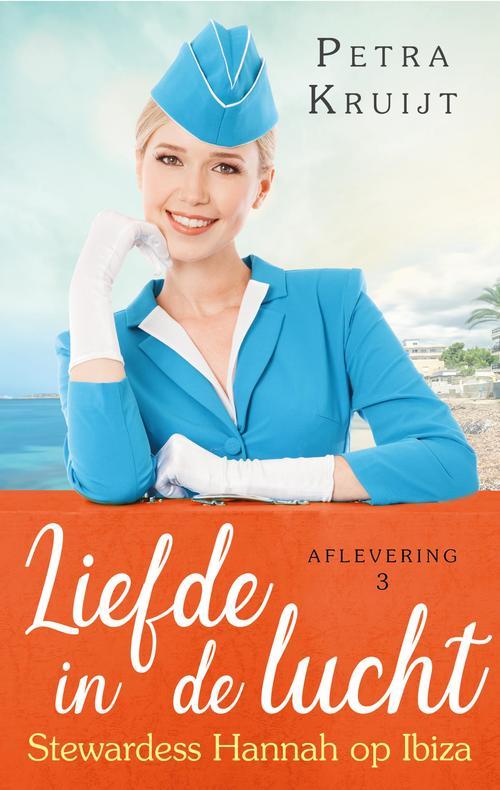 Stewardess Hannah op Ibiza