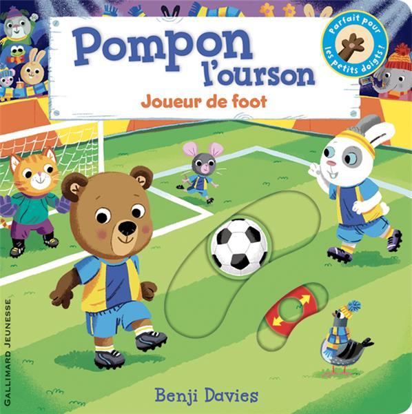 Pompon l'ourson : joueur de foot
