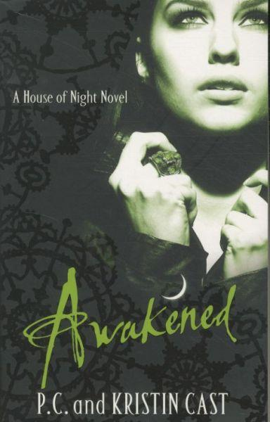 Awakened t.8 ; the house of night