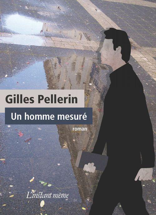 Un homme mesure