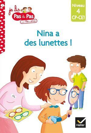 Nina a des lunettes !