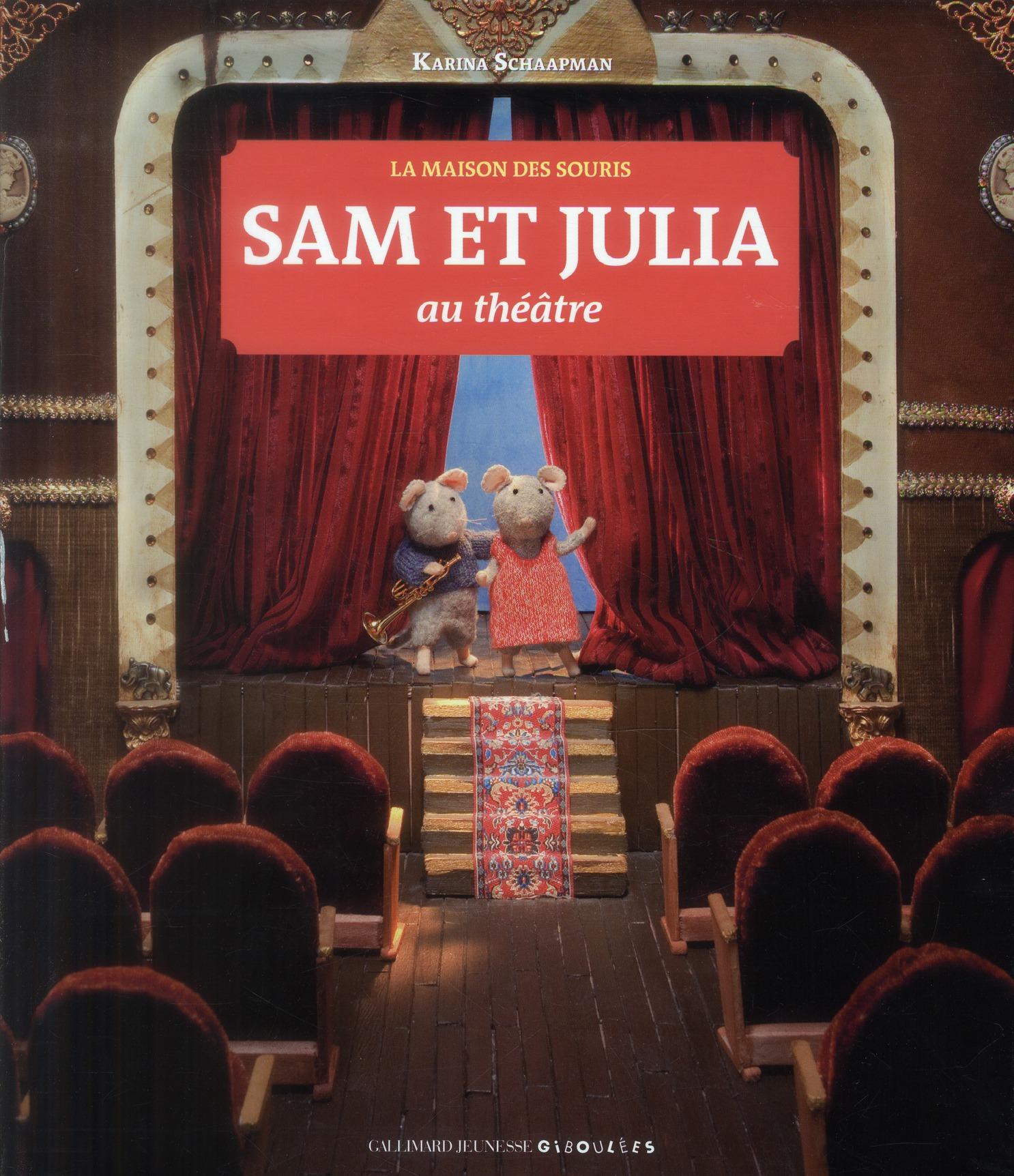 Sam et Julia au théâtre