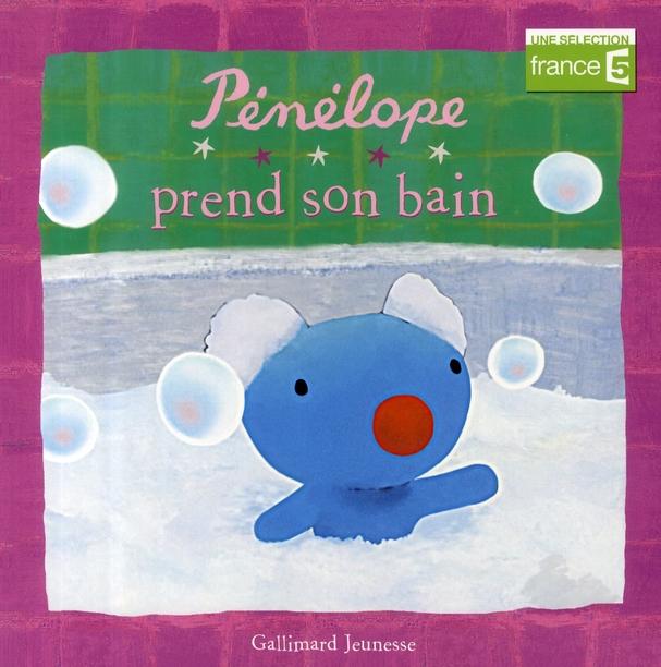 Pénélope prend son bain