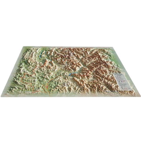 Carte en relief des Hautes Alpes